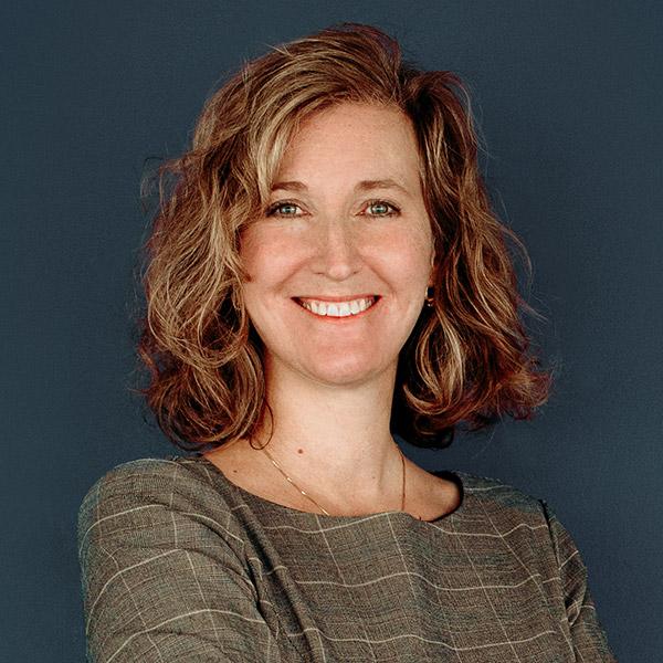 Dawn MacKelvie, CPA, CA